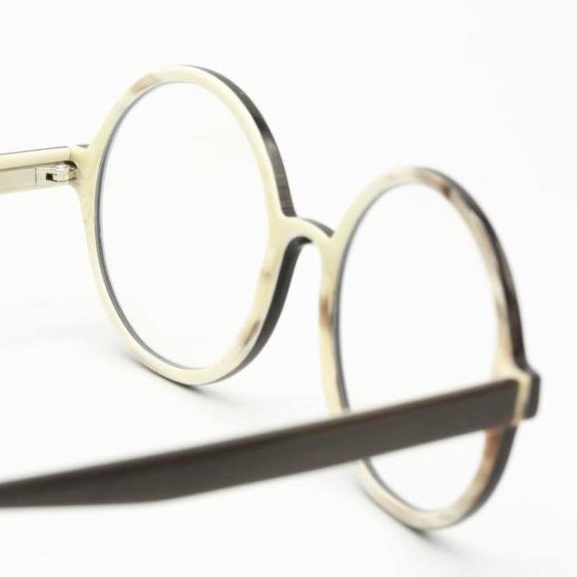 Lichtenstrasser Brillen bei Christian Bartels Optik in Aschaffenburg